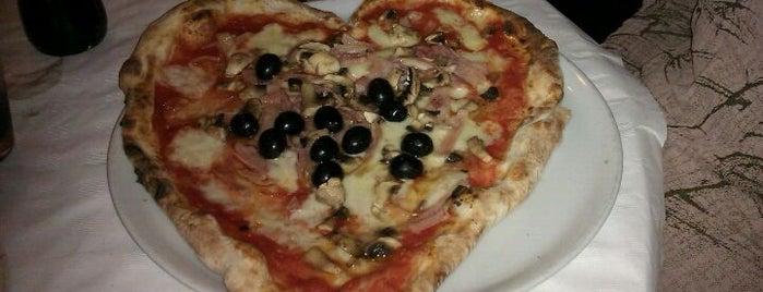La Bella Napoli is one of Pizzas de Barcelona.
