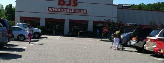 BJ's Wholesale Club is one of Lieux qui ont plu à Owl.