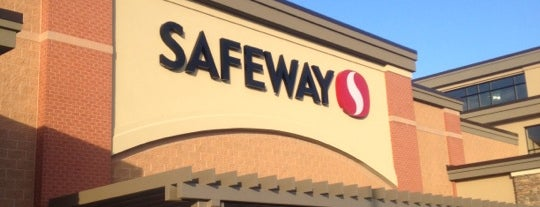 Safeway is one of Lugares favoritos de Jen.