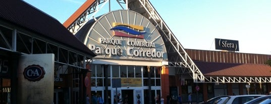 C.C. Parque Corredor is one of conoce España.