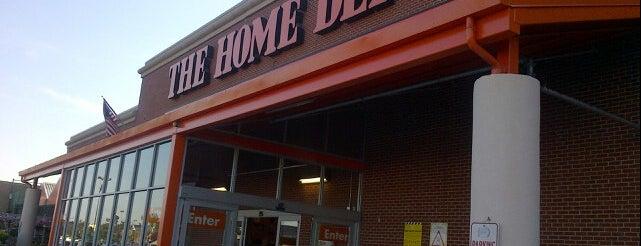 The Home Depot is one of Benjamin'in Beğendiği Mekanlar.