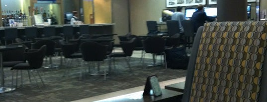 American Airlines Admirals Club is one of Tempat yang Disukai Keith.