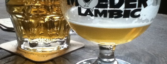 Moeder Lambic is one of get there once, must go back.