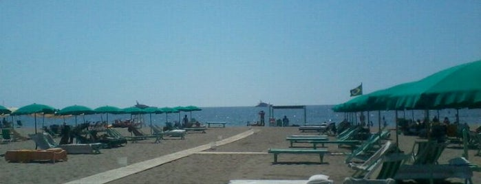 Bagno Felice 2 is one of Le mie spiagge preferite.