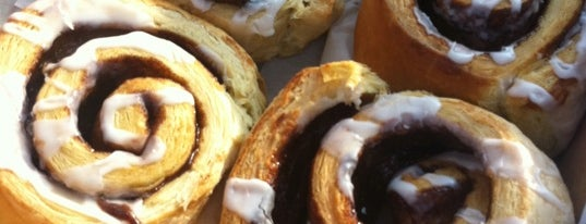 justbaked bakery is one of Lieux sauvegardés par Denise.