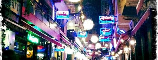 İmroz Restaurant is one of meyhaneler.