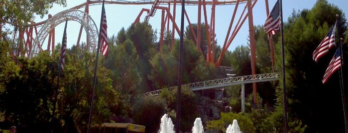 Six Flags Magic Mountain is one of Top 10 favorites places in Los Angeles.