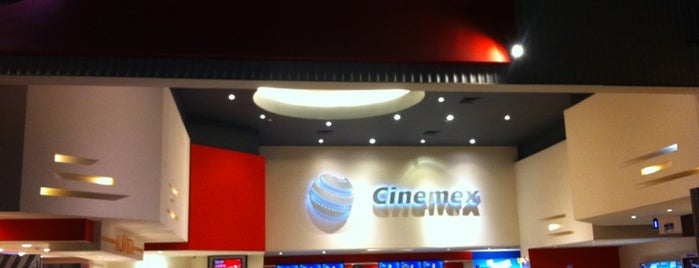 Cinemex is one of Mis Sitios Favoritos.