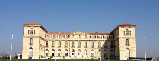 Palais du Pharo is one of Justin'in Kaydettiği Mekanlar.