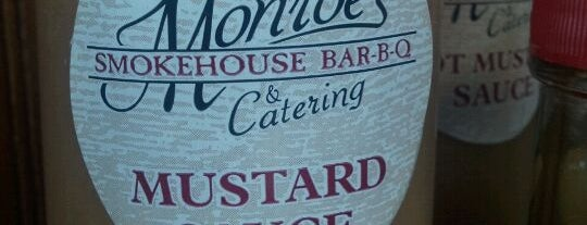 Monroe's Smokehouse BBQ is one of Tempat yang Disukai Josh.