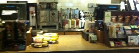 Starbucks is one of Locais curtidos por Isaac.