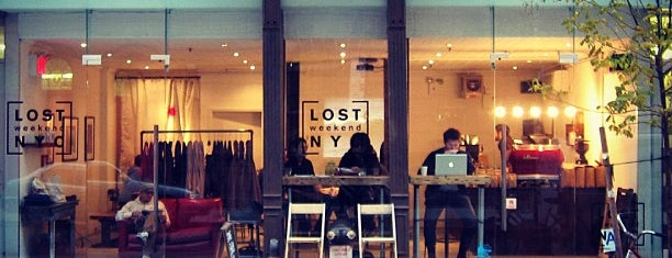 Lost Weekend NYC is one of Christine'nin Kaydettiği Mekanlar.