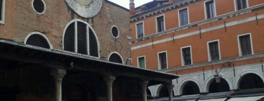 Mercato di Rialto is one of Venice.