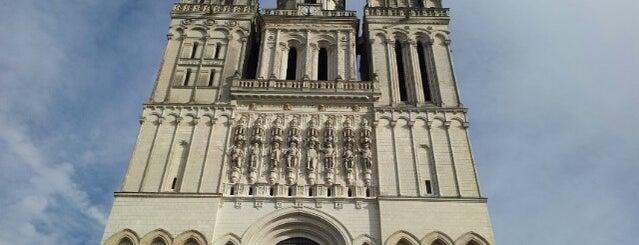 Cathédrale Saint-Maurice is one of Roadtrip / Loire.