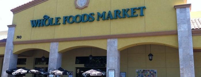 Whole Foods Market is one of Zack'ın Kaydettiği Mekanlar.