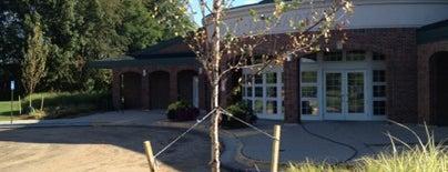 Kent District Library - Cascade Twp. Branch is one of Orte, die Lee gefallen.