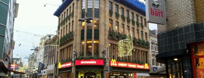 McDonald's is one of Orte, die Kevin gefallen.