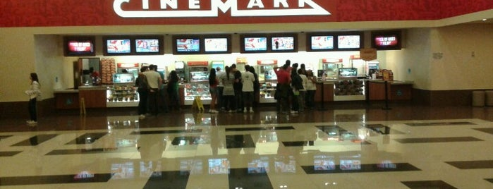 Cinemark is one of Locais curtidos por Tuba.