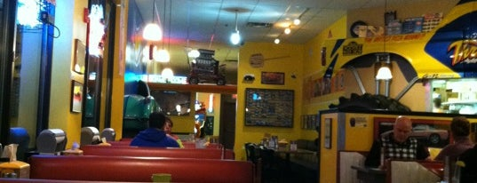 Randy's Wooster St Pizza is one of Man vs Food CT.