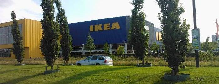 IKEA is one of Posti che sono piaciuti a Ana.