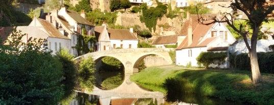 Semur-en-Auxois is one of Burgundy.
