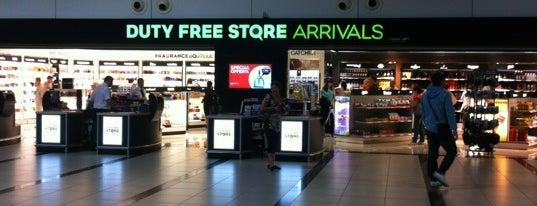 Duty Free Store Terminal 2 is one of Locais curtidos por Princessa.