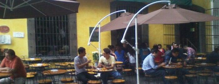 El Hijo del Cuervo is one of Algunos lugares....