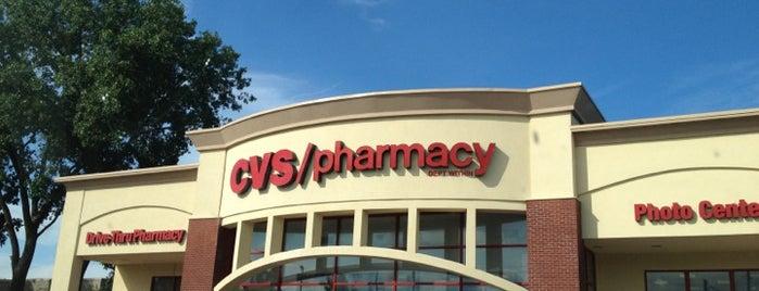 CVS pharmacy is one of Locais curtidos por Courtney.