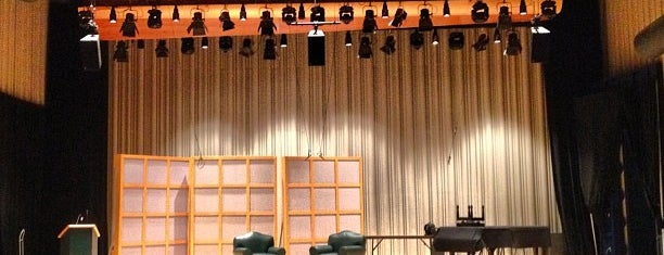 Glenn Gould Studio is one of สถานที่ที่ Steve ถูกใจ.