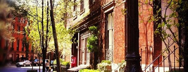 West Village is one of Manhattan Neighbourhoods.