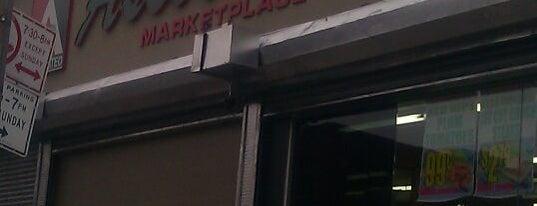 Foodtown is one of Posti salvati di Munira.