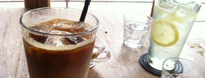 전광수 Coffee house is one of Cafe.