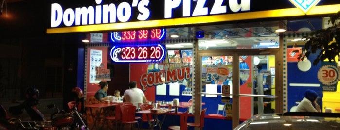 Domino's Pizza is one of Gespeicherte Orte von Süleyman.