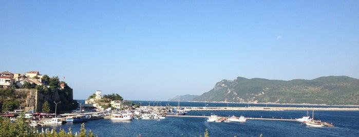 Büyük Liman is one of Lieux sauvegardés par Sibel.