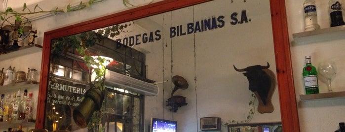 Bar Borrell is one of Bar de futbol - complert.