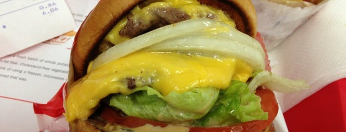 In-N-Out Burger is one of CALiFORNiA.