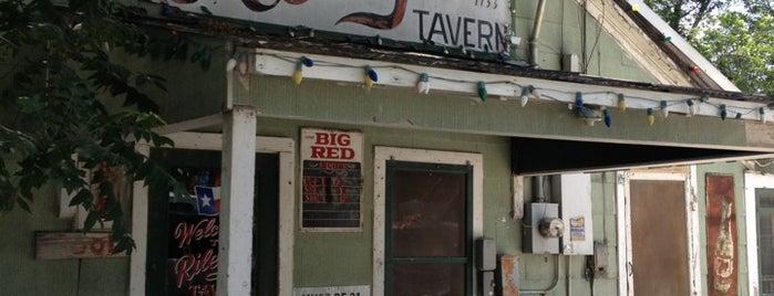 Riley's Tavern is one of Tempat yang Disukai Italian.