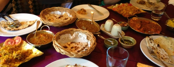 Alibaba Indian Restaurant is one of патая.