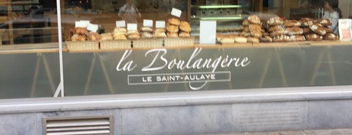 Boulangerie Le Saint-Aulaye is one of Lieux qui ont plu à Alastair.