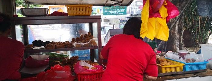 SS2 Pisang Goreng Van is one of Breakfast.