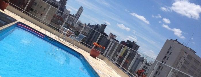 Quality Hotel Curitiba is one of Orte, die Elis gefallen.