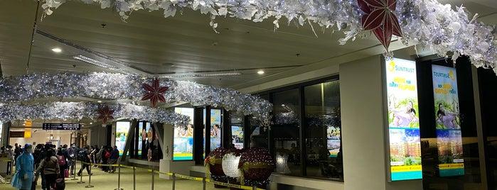 Ninoy Aquino International Airport (MNL) is one of Shank : понравившиеся места.