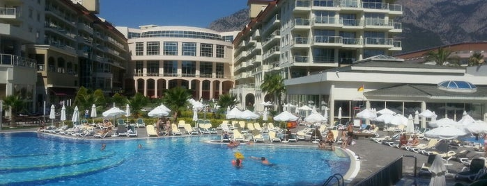 Barut Kemer Resort Hotel is one of Aliko 님이 좋아한 장소.