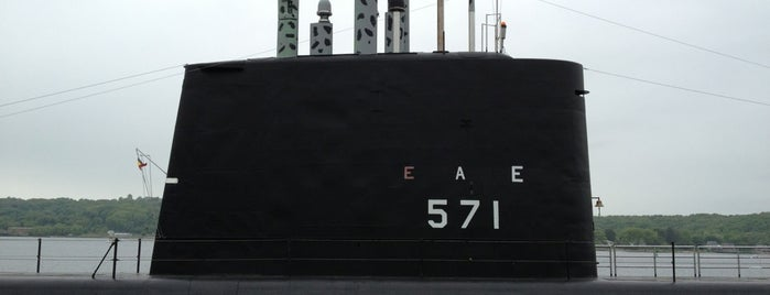 USS Nautilus - SSN 571 is one of Ships modern.