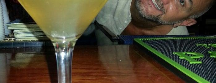 Midtown Pub is one of Locais salvos de Michael.