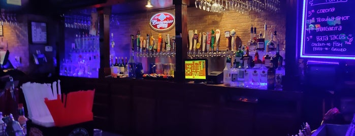 Tony's Sports Bar is one of Tempat yang Disukai Aubrey Ramon.