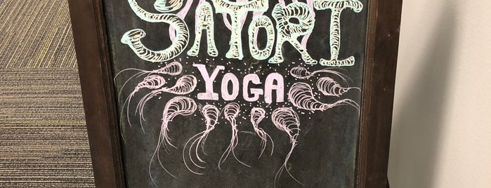 Satori Yoga Studio is one of Orte, die Karen gefallen.