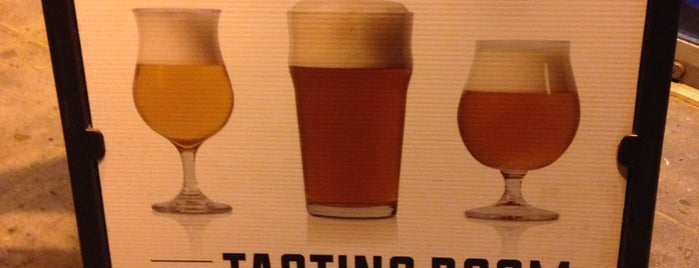 Green Flash Brewing Company is one of Breweries USA.