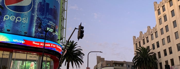 Souvenirs of Hollywood is one of Los Angeles.
