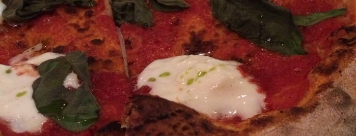 Olio Wood Fired Pizzeria is one of 10 Great L.A.-meets-Naples Margherita Pizzas.